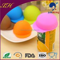 2014 New design hat shape tin cans silicone lid