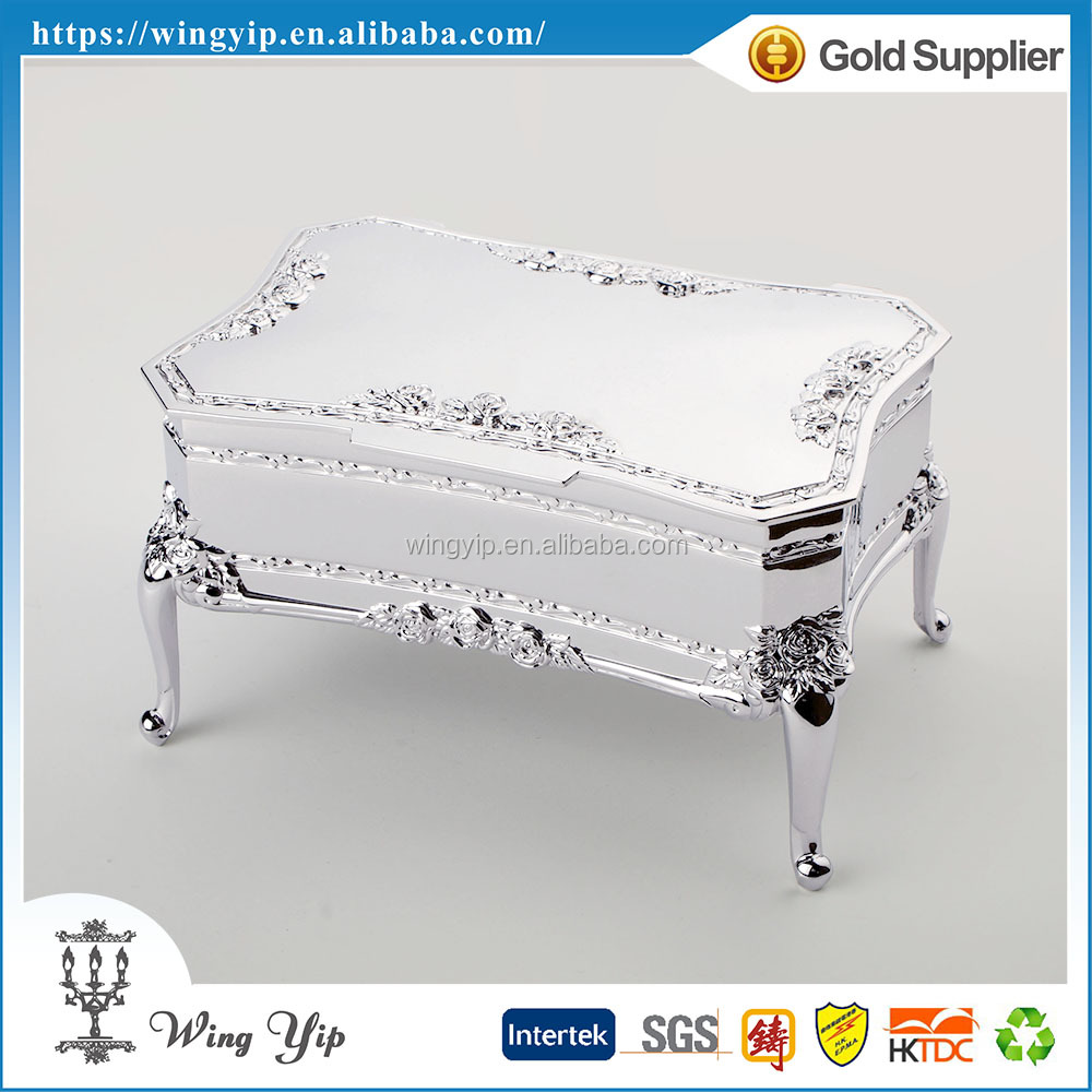 Tailor made fancy Oblong Shape footed Silver Plated Metal Trinket box for Ornament