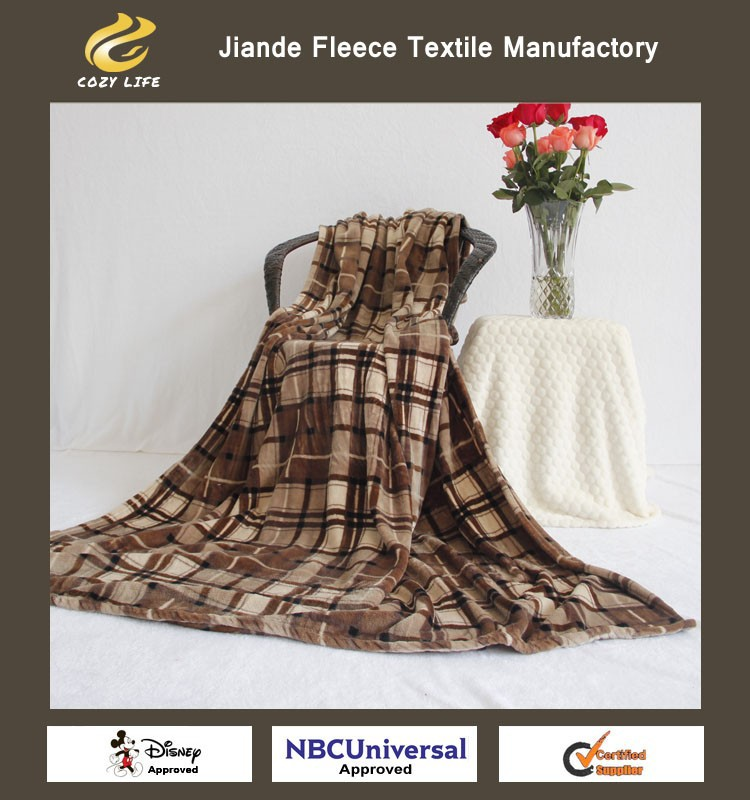 Plaided Super Soft Micro PlushThrow flannel Fleece Luxury blanket 100% polyester printed high quality wholesale