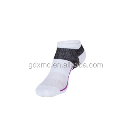very Cheap wholesale custom high quality man portable up sport socks