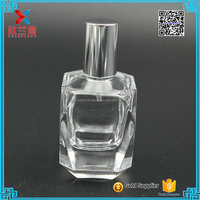 2016 wholesale fancy 35ml diamond shape empty white glass perfume bottle with cap pump sprayer bottle