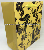 Yellow Exquisite Shopping Bag UV Finish Paper Bag For Woman Shopping