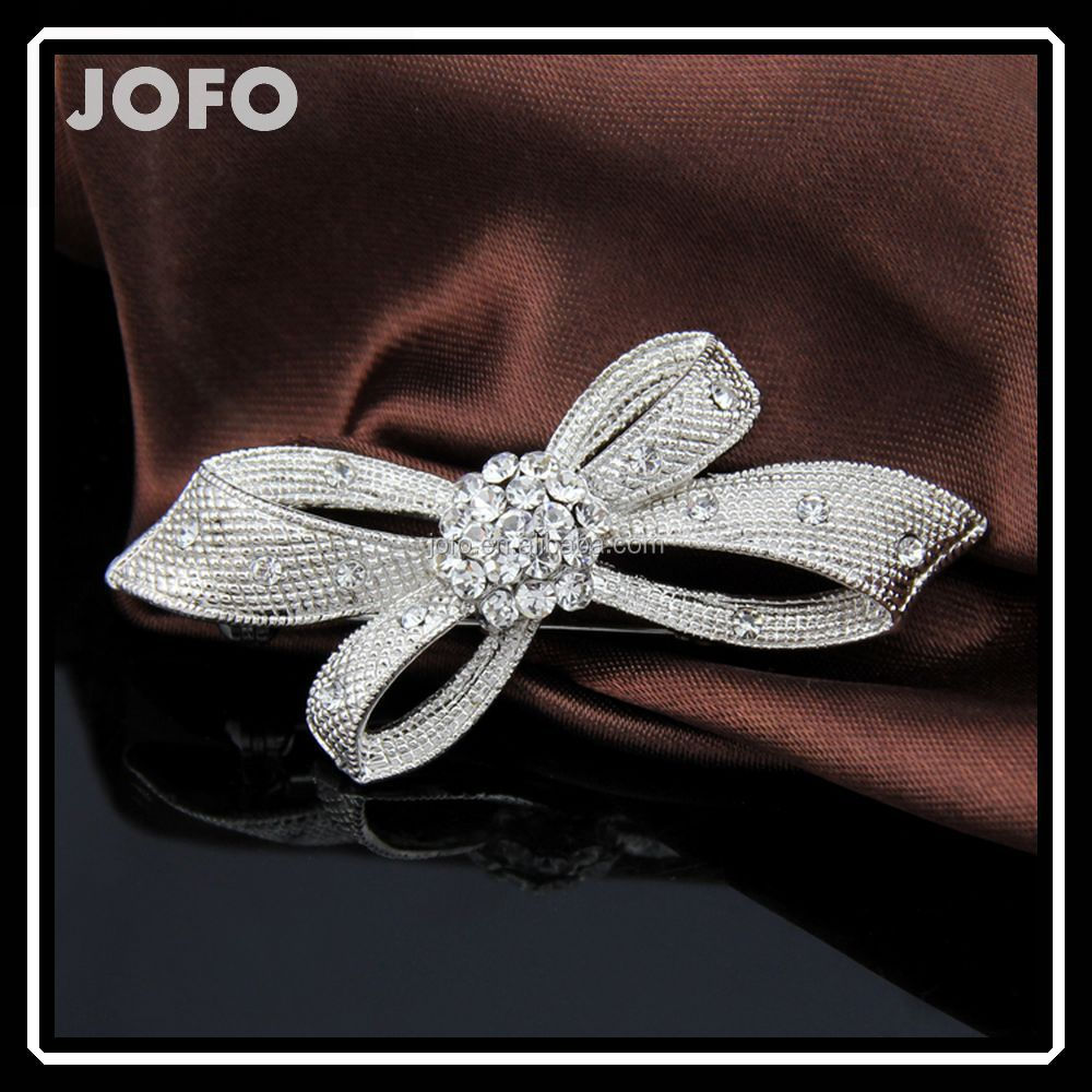 Fashion Silver Simple Knot Rhinestone Brooch For Women Market In Yiwu DRJ0240