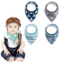 Online Wholesale Private Label triangle Snap cotton fleece bandana white baby bibs