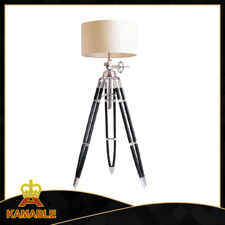Hot sell wood and aluminium base tripod floor lamps