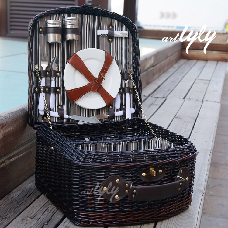 hotsale bulk dark brown wicker picnic basket with lid for 4 person