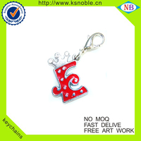 Wholesale alphabet design keychain with rhinestone