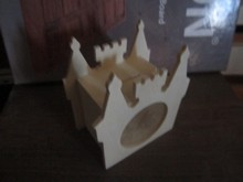 BEST SELLER AND HIGH QULATIY MONEY SAVING BOX WITH THE CROWN SHAPE
