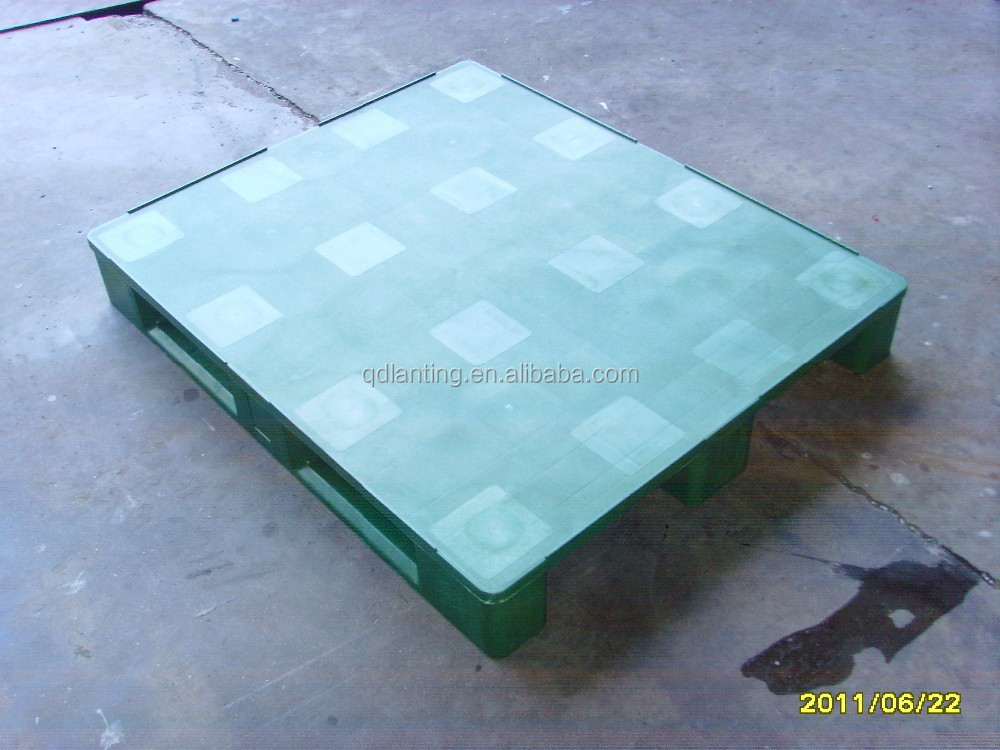 High rack warehouse pallet with integrated reinforcement profiles for extremely high load capacity