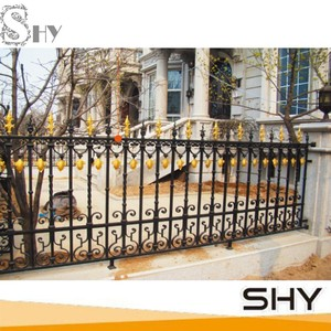 Prefabricated wrought iron estate fencing / accessories spear iron fence