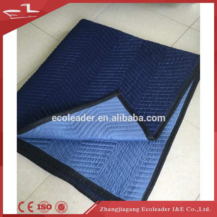 Recommend high quality softest polar fleece with warterpoof coating heavy moving blanket
