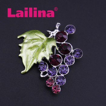 2018 New Element Rhinestone Bunch of Grapes Brooch Pin