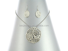 Fashionable jodha akbar jewelry set Latest Design Anti-silverJewelry peace Necklace and earring sets