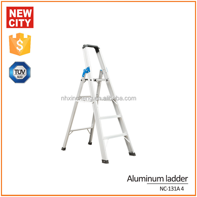 Thick bold telescopic lightweight ladders