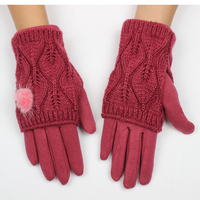 Warm anti-slip games touch screen glove for IPhone