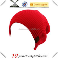 red winter ribbed warm knit leather logo slouch skull ski beanie hat