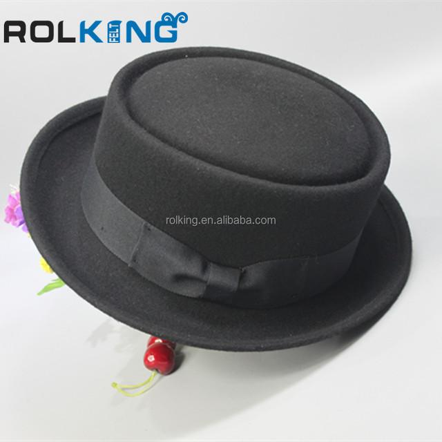 Fashion brown felt pork pie hat with black band