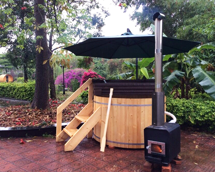 Family use wooden hot tub biggest size 2.1m with external heater