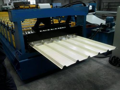 Corrugated roofing panel roll forming machine for sale /steel profile roof forming machine