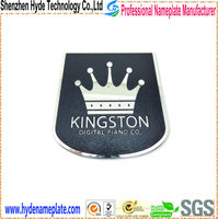 engrave cheap decorative printing crown custom tin badges