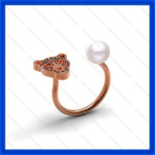 2015 hot sele fashion leopard ring with pearl,single gold rings