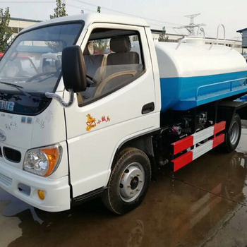 china FOTON 2000 liters water tanker for sale