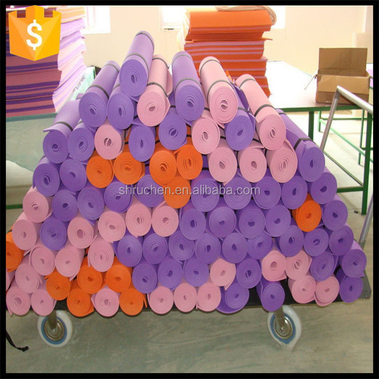 Durable service promotional new design pvc yoga play mats