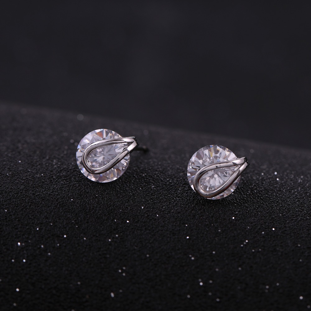 hot sale latest design fashion metal small cz earrings stud for girls
