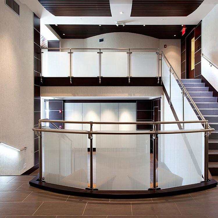 Moderne ontwerp model reling verwijderbare clear gehard glas trap rvs leuning balustrades en - Moderne trapmodel ...