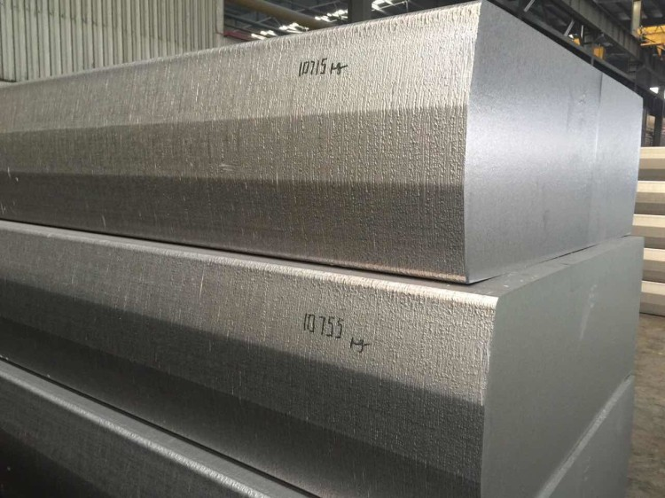 hot sale alloy 3003 3004 3105 5052 aluminum roofing sheet