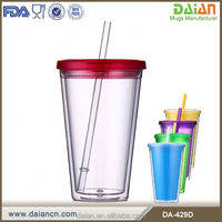 Customized BPA-free starbucks plastic coffee mugs with straw