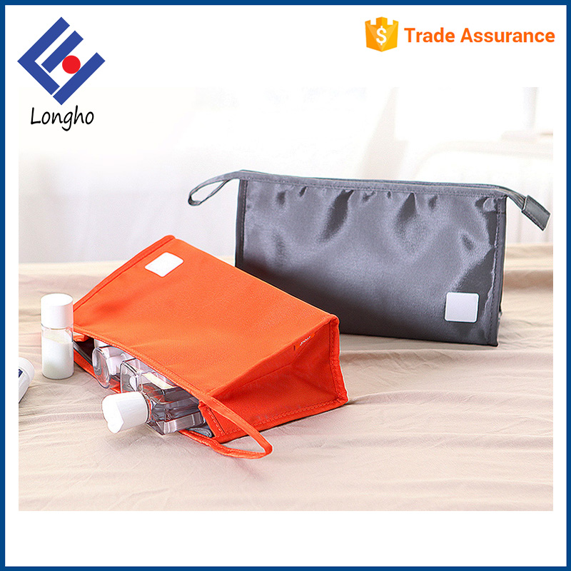 Lightweight triangle side promotion makeup bag water resistant travel cheap custom cosmetic pouch with lanyard