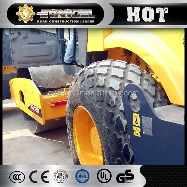 Widely Used 12 Tons Asphalt Road Roller XS122 Hydraulic Single Drum Vibratory Road Roller For Sale