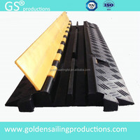 2014 new style competitive price cable protection cover, cable ramp for show