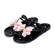 2017 China factory factory direct sale flat heel flower plastic jelly shoes women