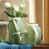 Hand-Blown and Handmade Glass Flower glass vase for flower arrangements wedding