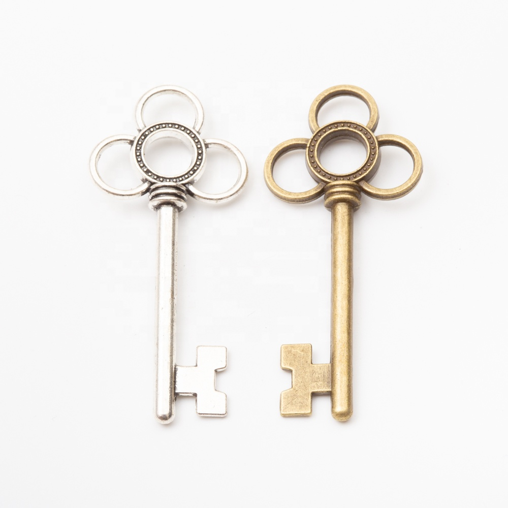 China Supplier metal alloy skeleton Chinese knot keys <strong>charms</strong> for keychain