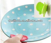 FDA/LFGB 2013 hot sell mini silicone butterfly cast iron plant pot holder