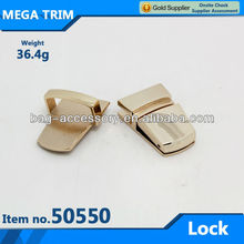 guangzhou wholesale custom light gold metal clasp lock bag lock