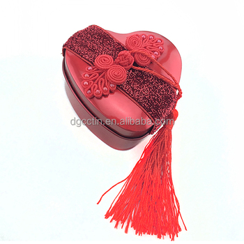 Romantic heart shaped chocolate gift tin box, heart shaped candy tin box
