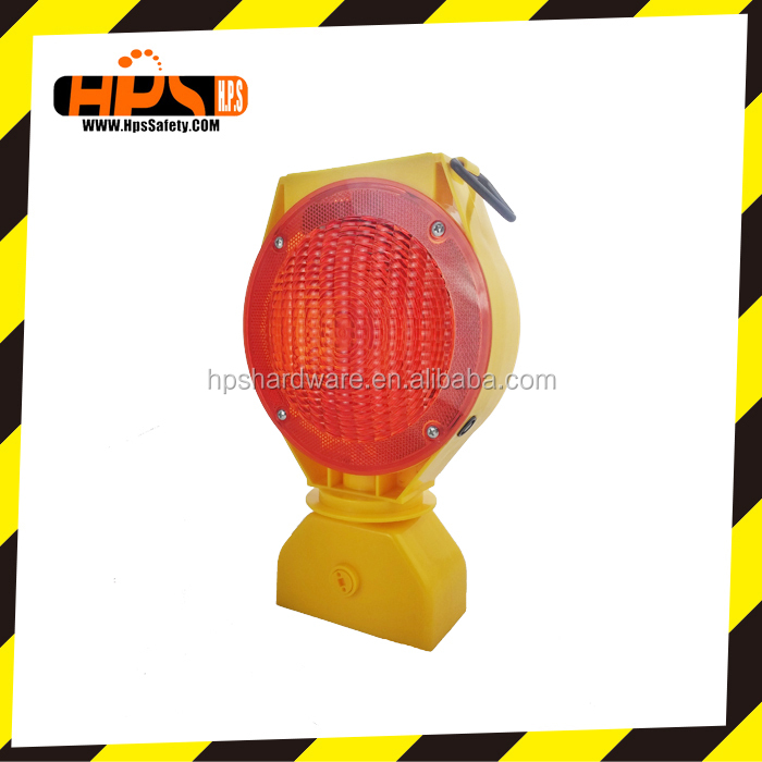 Solar LED Traffic Warning Flashing Lamps Barricade light For Road Safety Cone Or Barrier