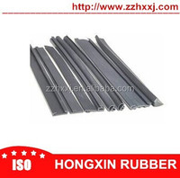 China silicone sealing rubber strip