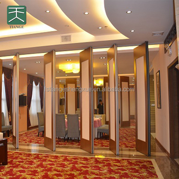 2017 hot sale Acoustic folding partition walls for banquet hall