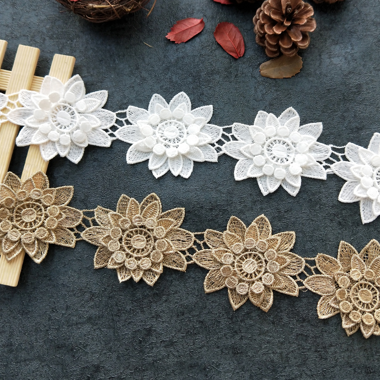 Customized fashion design water soluble embroidery lace fabric 3D bridal flower lace trim
