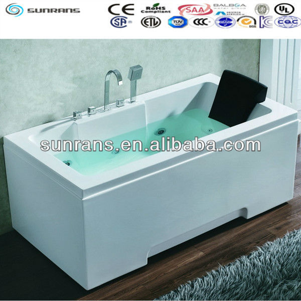Portable small size bathtub with seat