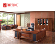Modern custom office furniture large executive desk for tall people