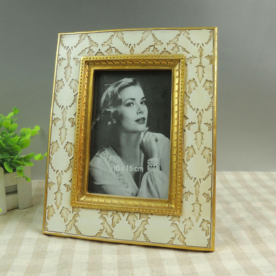 New Design Vintage Home Table Decors Resin Old Photo Frames for Sale