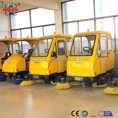 Versatile electric small street sweeper used for indoor and outdoor cleaning