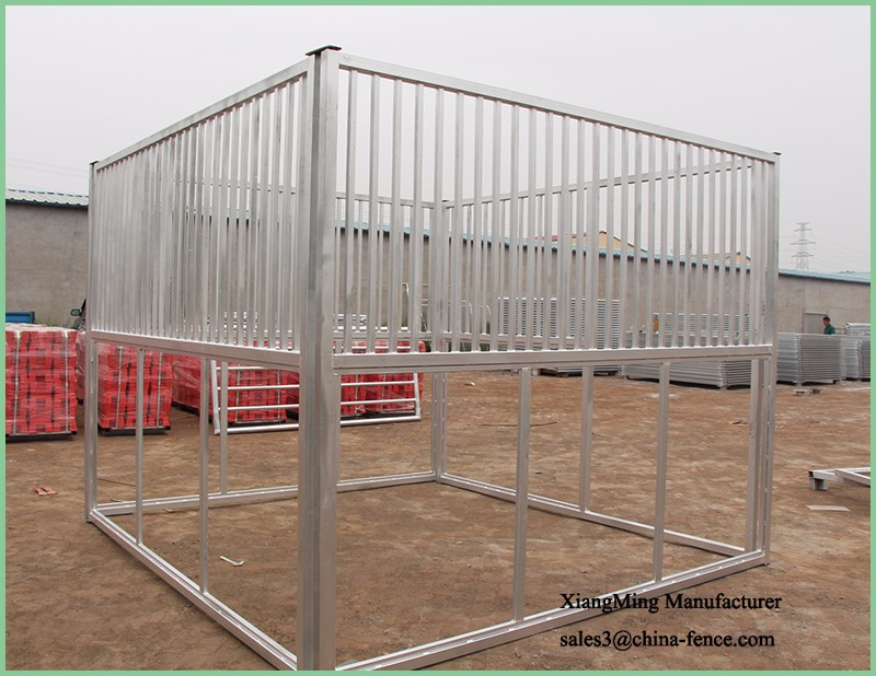 Portable Horse Stable Panel with Front Door in Galvinised Inside and Out