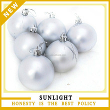 China Supplier wholesale Plastic Silver Christmas Tree Hanging Balls